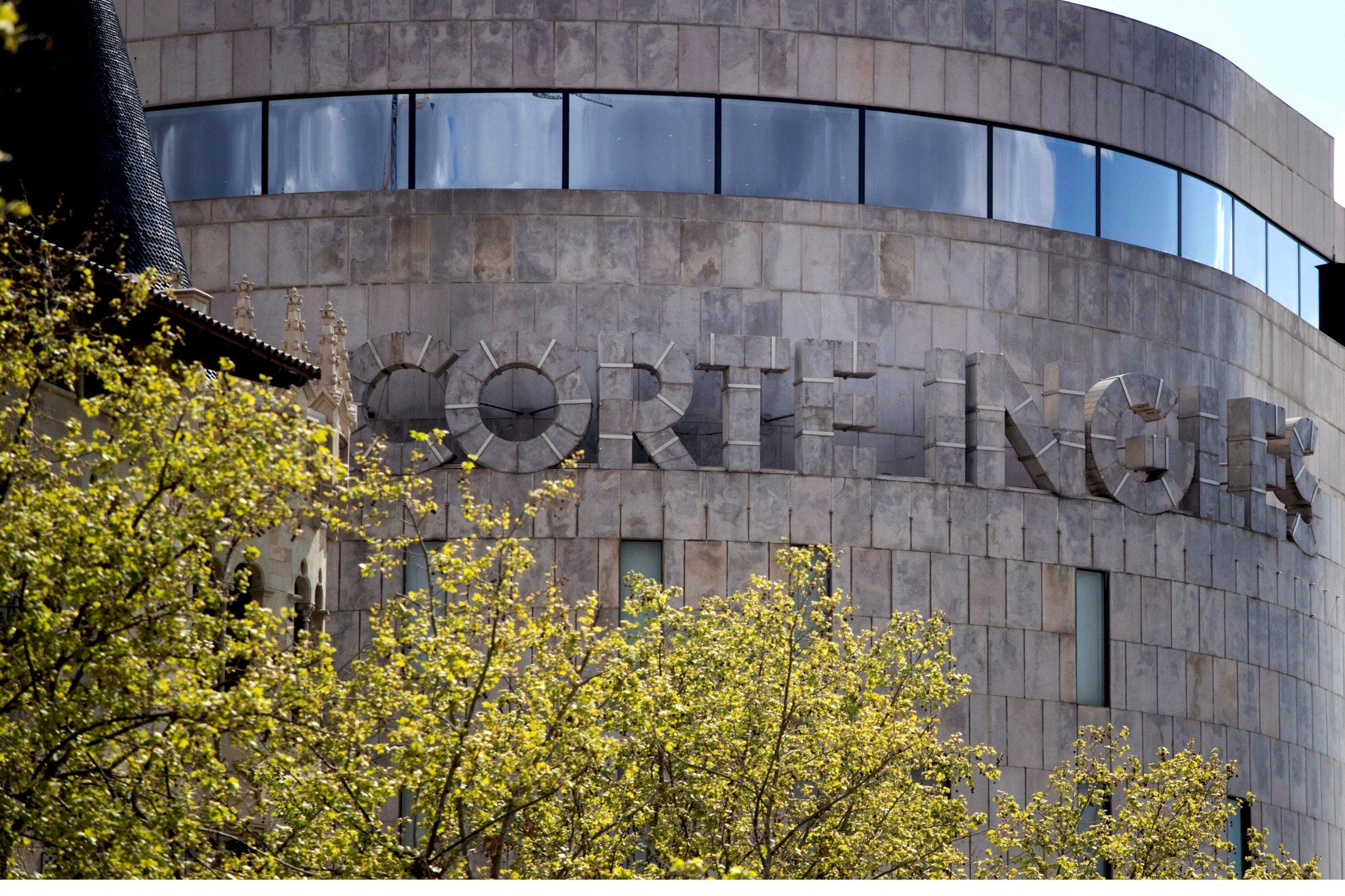Una imagen de El Corte Inglés de plaza Cataluña, en Barcelona. EFE/ Marta Pérez