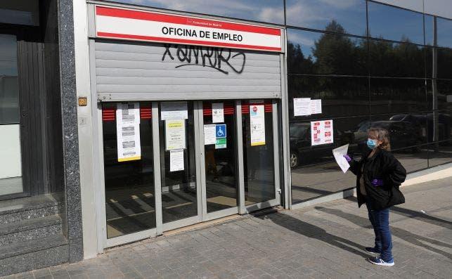 Una oficina de empleo de Madrid en mayo de 2020, durante el estado de alarma por el coronavirus | EFE/RJ/Archivo