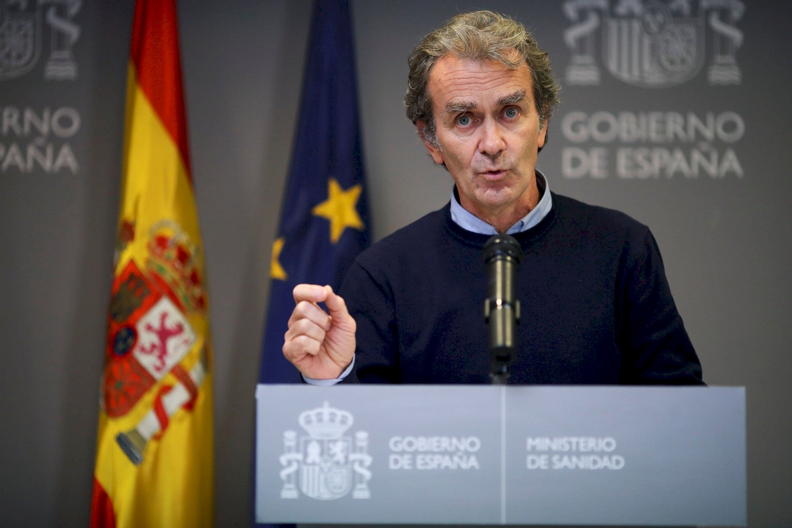 El director del Centro de Coordinación de Alertas y Emergencias Sanitarias, Fernando Simón, en una rueda de prensa el 3 de diciembre de 2020 en la sede del Ministerio de Sanidad, en Madrid | EFE/DF/Archivo