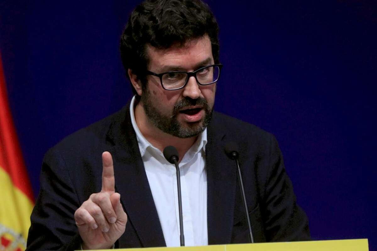 El secretario de estado de Empleo y Economía Social, Joaquín Pérez Rey, ofrece una rueda de prensa, tras la reunión del Ministerio con patronal y sindicatos en la que han abordado la evolución para 2021 el Salario Mínimo Interprofesional (SMI). EFE/ Ferna