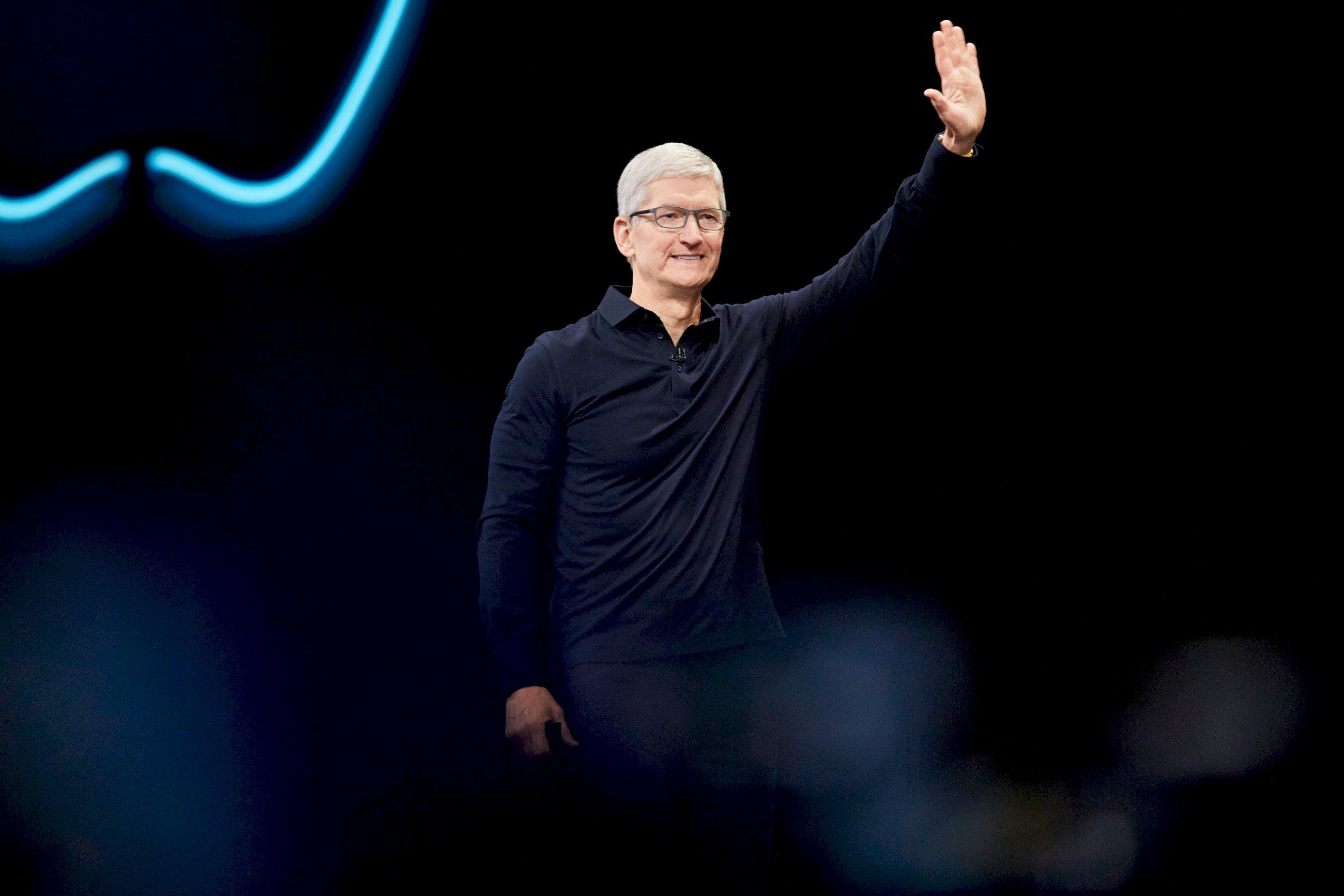 El consejero de Apple, Tim Cook, da la bienvenida a los asistentes de la WWDC 2019. Fotografía: Apple