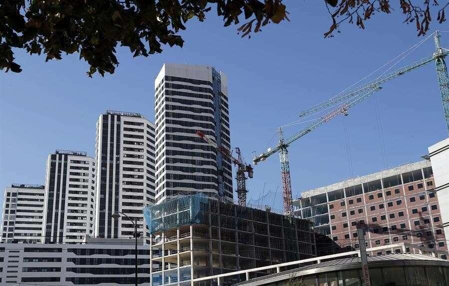 La compraventa de viviendas acumulaba una caída superior al 19% en los once primeros meses de 2020