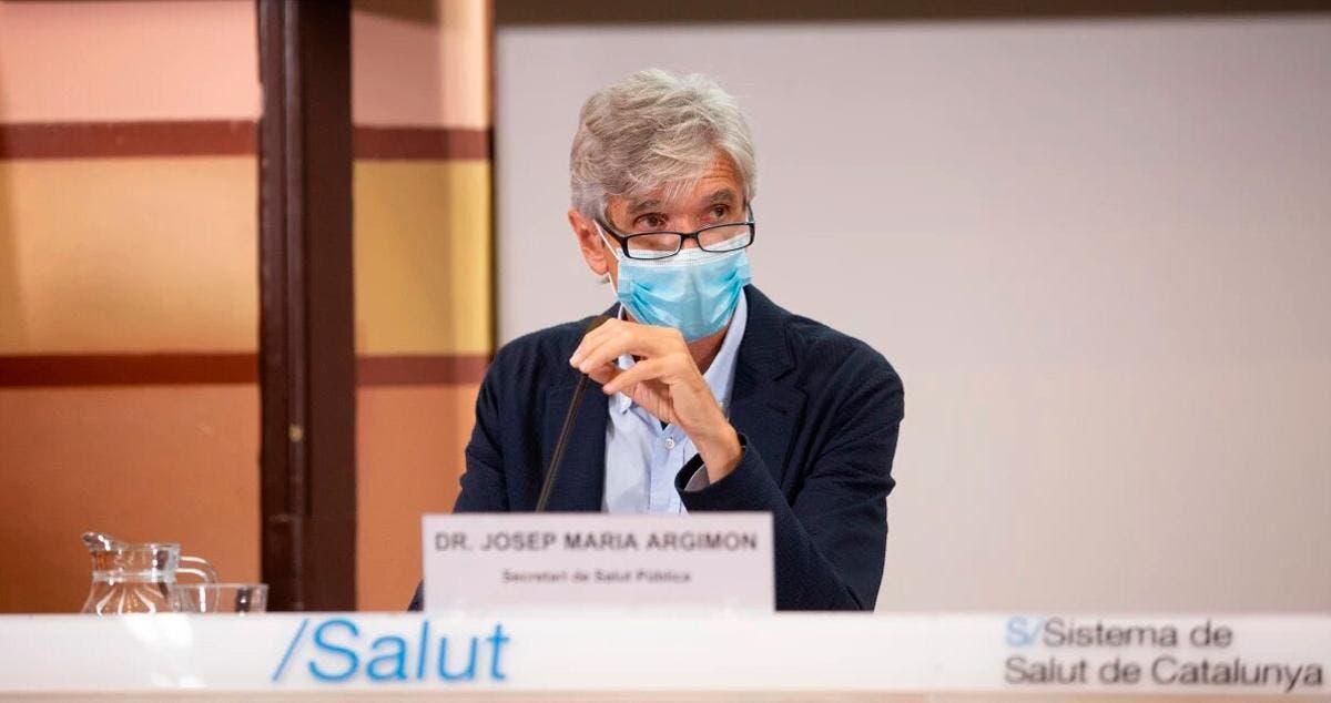 El secretario de Salud Pública de Cataluña, Josep Maria Argimon, advierte de la falta de vacunas para completar la segunda inyección
