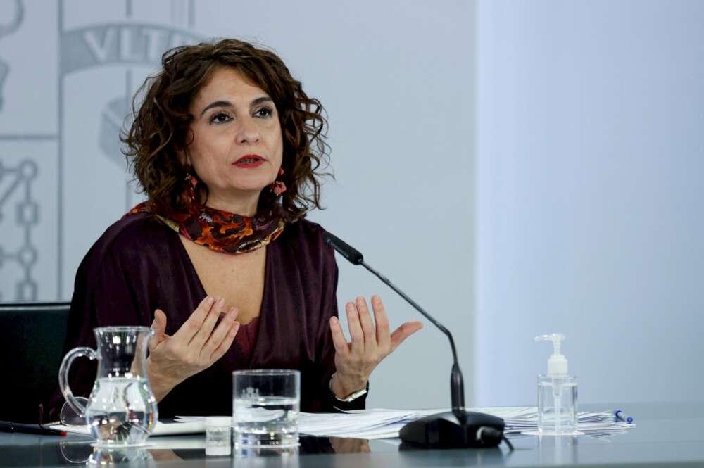 La portavoz del Gobierno y ministra de Hacienda, María Jesús Montero. EFE