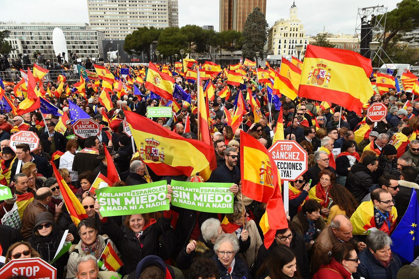 Manifestación de Colón en Madrid contra el Gobierno de Pedro Sánchez / EFE