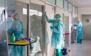 Personal sanitario en el Hospital San Pedro de Logroño. EFE/Raquel Manzanares/Archivo