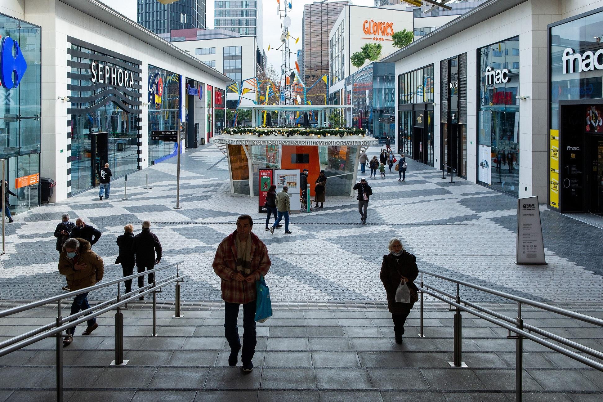 Un centro comercial de Barcelona prácticamente vacío en plena pandemia del coronavirus | EFE/EF/Archivo