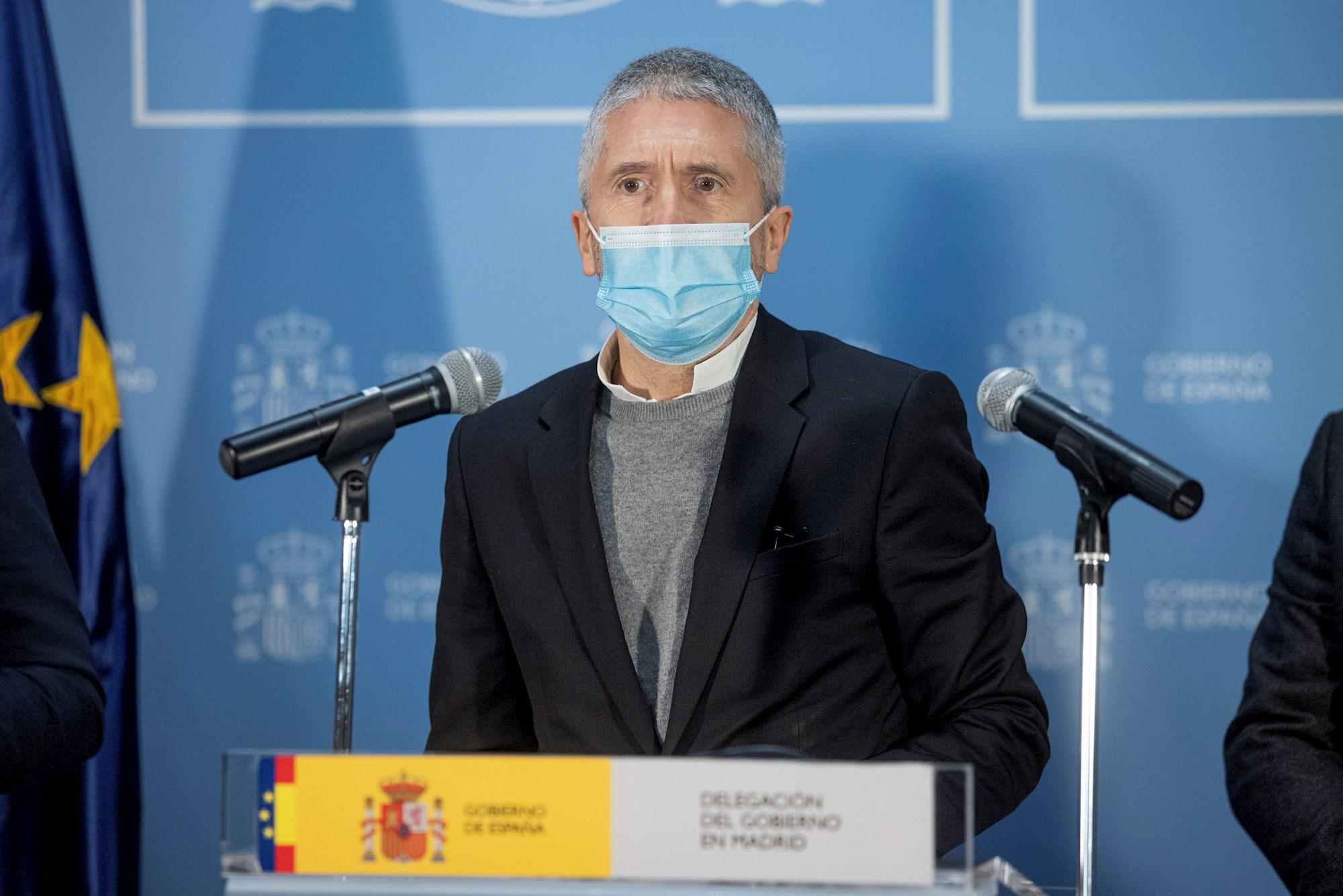 El ministro del Interior, Fernando Grande-Marlaska, en una rueda de prensa sobre el temporal 'Filomena', el 10 de enero de 2021 desde la Delegación del Gobierno en Madrid | EFE/RJ