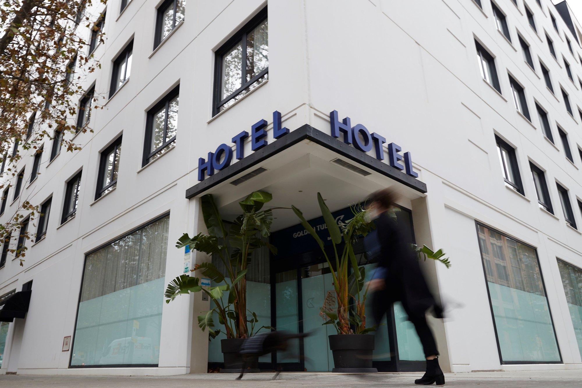 pecto de uno de los muchos hoteles cerrados en Barcelona por la crisis del coronavirus. EFE/Alejandro García