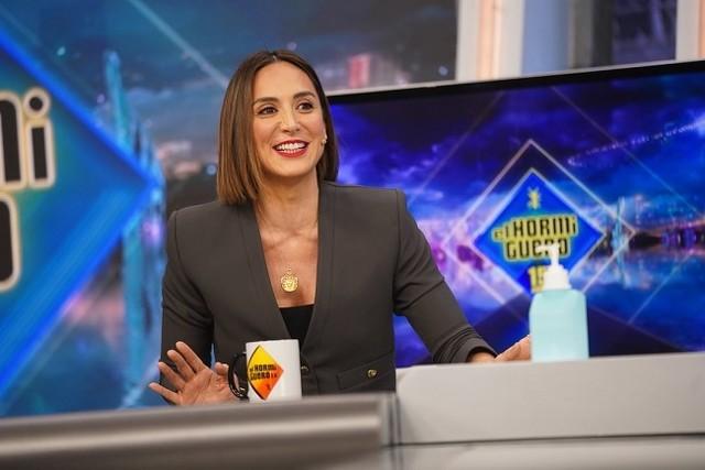 Tamara Falcó visita El Hormiguero con una chaqueta rebajada de Zaraga. Foto: El Hormiguero