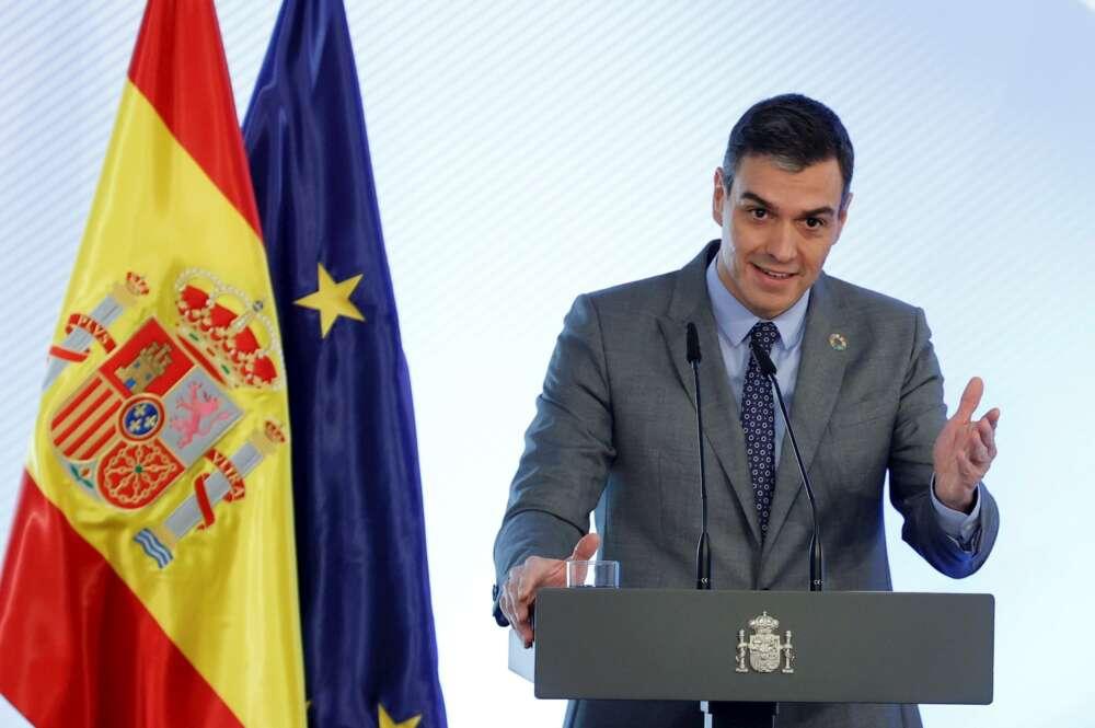 El presidente del Gobierno y líder del PSOE, Pedro Sánchez, en un acto en el Palacio de la Moncloa, el 17 de febrero de 2021 | EFE/Zipi