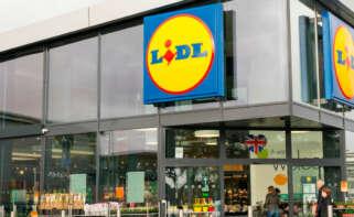 Establecimiento de Lidl que comercializa su colchón hinchable por 15,99 euros