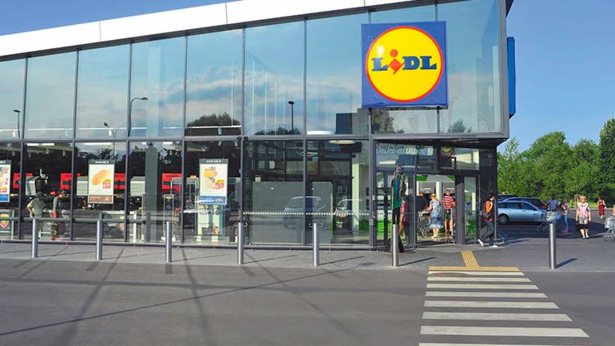 Aspecto de un supermercado de Lidl en el que se comercializa el maletín de maquillaje