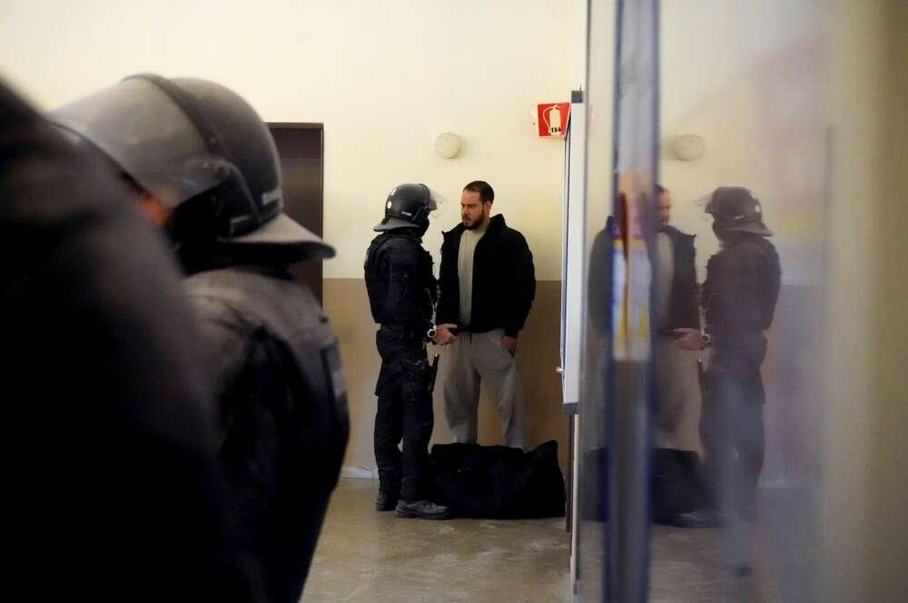 El rapero Pablo Hasel al momento de su detención en el interior de la Universidad de Lleida, el 16 de febrero de 2021   EFE/PDLC
