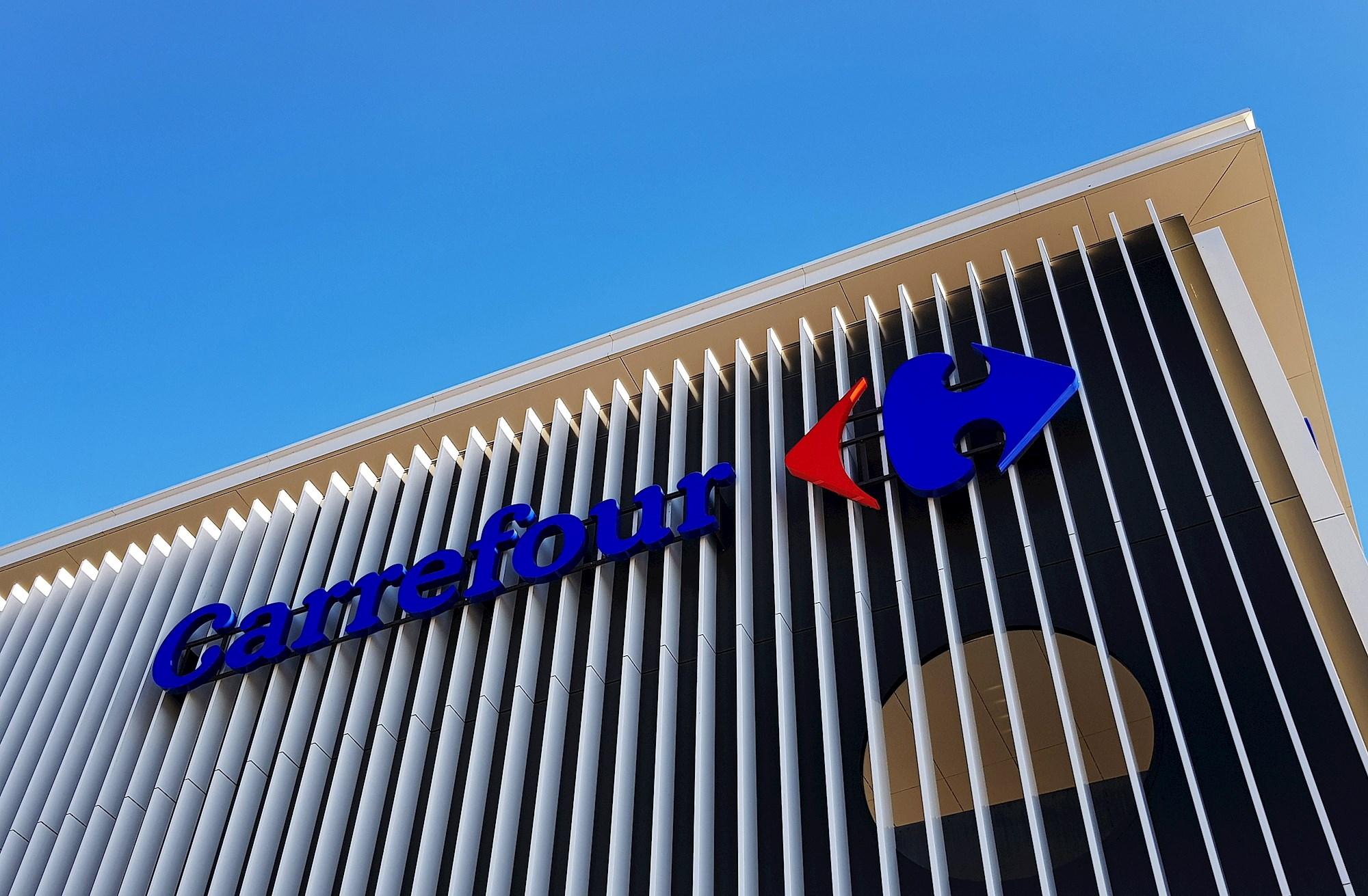 Un establecimiento de Carrefour, que comercializa los neumáticos Doublestar EFE
