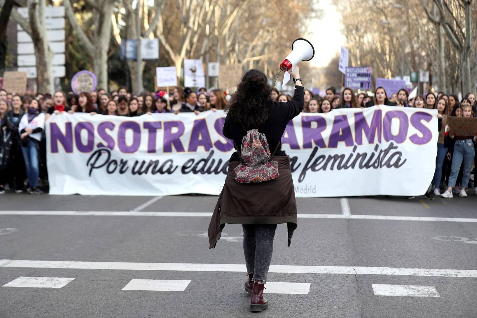 Vista del inicio de una manifestación en Madrid convocada con motivo del 8M. EFE/Kiko Huesca/Archivo