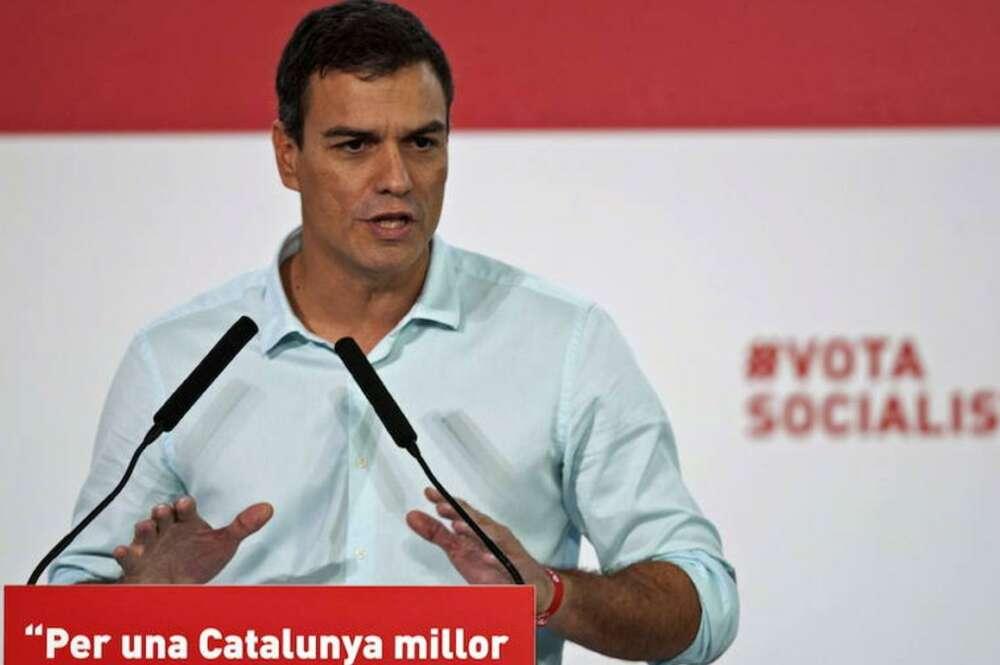 El secretario general del PSOE, Pedro Sánchez, durante el acto de campaña en Girona./ EFE