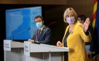 La consejera catalana de Salud, Alba Vergés, y el vicepresidente del Govern en funciones, Pere Aragonès, en rueda de prensa el 23 de marzo de 2021 | EFE/QG