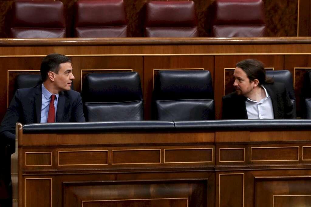 Pedro Sánchez y Pablo Iglesias en el Congreso. /EFE
