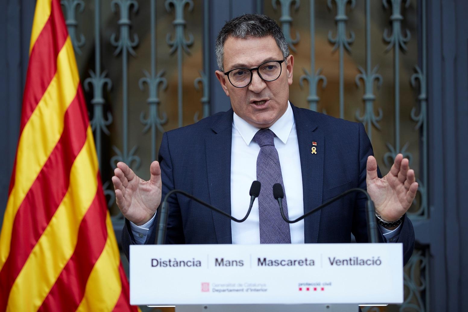 El consejero catalán de Interior, Miquel Sàmper, durante una rueda de prensa en Barcelona, el 18 de febrero de 2021   EFE/AG/Archivo
