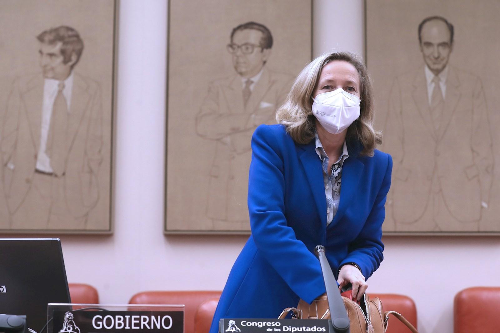 La vicepresidenta tercera del Gobierno y ministra de Economía, Nadia Calviño. EFE/ Kiko Huesca/Archivo