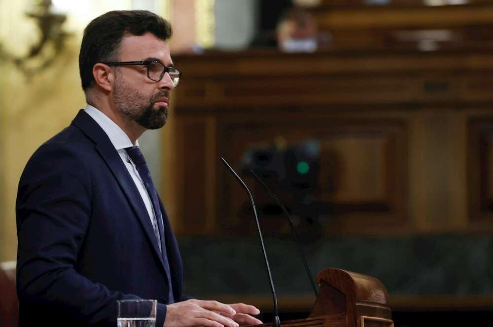 Pablo Cambronero, diputado de Ciudadanos hasta el 17 de marzo de 2021, en el pleno de la Cámara baja del 11 de marzo de 2021   EFE/Zipi/Archivo
