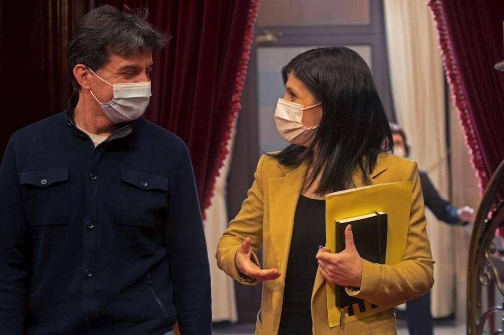 El vicesecretario general de ERC, Sergi Sabrià, y la portavoz Marta Vilalta en el Parlament de Cataluña, el 24 de febrero de 2021 | EFE/MP/Archivo
