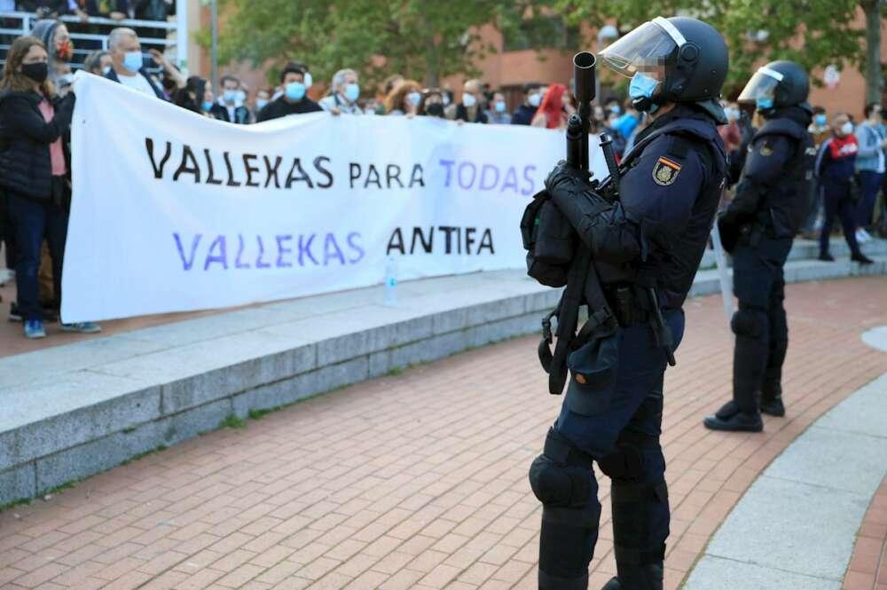 """Organizaciones policiales acusan a Marlaska de abandonarles en el mitin de  Vox en Vallecas: """"Fue un auténtico caos"""""""