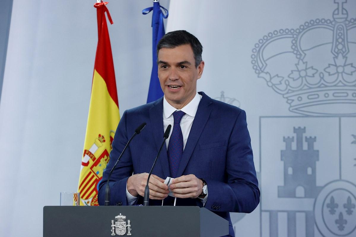 El presidente del Gobierno, Pedro Sánchez, en rueda de prensa tras la reunión del Consejo de Ministros, el 6 de abril de 2021 en el Palacio de la Moncloa | EFE/Zipi