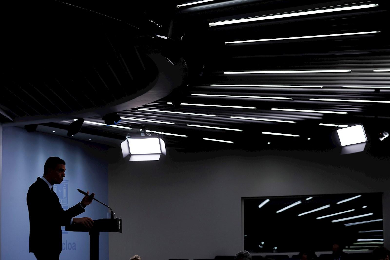 El presidente del Gobierno, Pedro Sánchez, en una rueda de prensa en La Moncloa, el 13 de abril de 2021   EFE/EN/Archivo