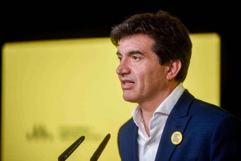 El vicesecretario de comunicación de ERC, Sergi Sabrià, en rueda de prensa / ERC