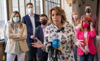 La secretaria general del PSOE de Andalucía, Susana Díaz, hace declaraciones durante su visita a Úbeda. EFE/ Carlos Cid
