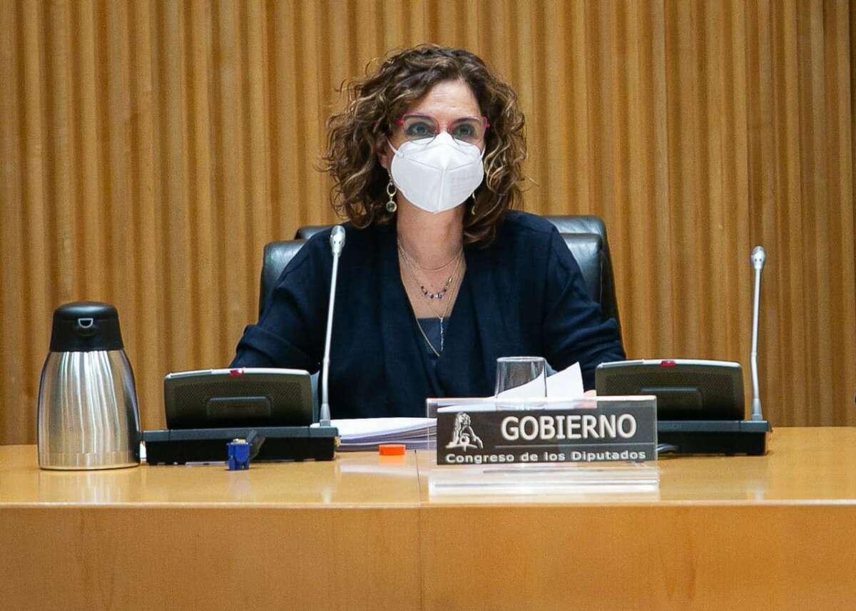 La ministra de Hacienda, María Jesús Montero, comparece en el Congreso. / Congreso