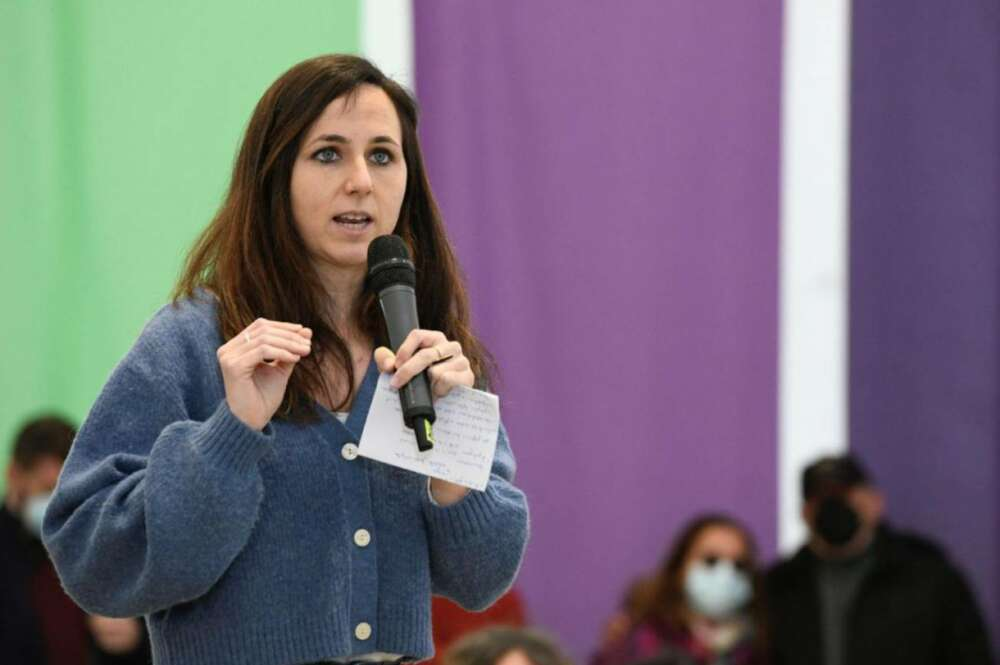 Ione Belarra en un acto de campaña de Podemos. EFE/Víctor Lerena/Archivo