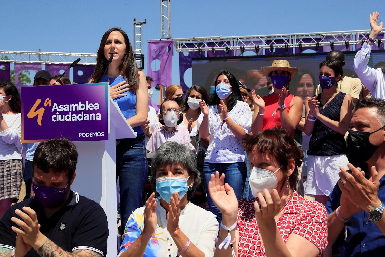 La secretaria general de Podemos, Ione Belarra, en el Vistalegre IV. Foto: EFE/Fernando Alvarado