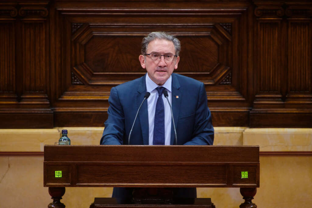 El conseller de Economía y Hacienda, Jaume Giró, durante una intervención en el pleno del Parlament / Julio Díaz (JxCat)
