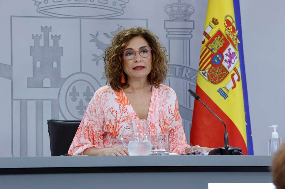 La portavoz del Gobierno y ministra de Hacienda, María Jesús Montero. EFE/Zipi