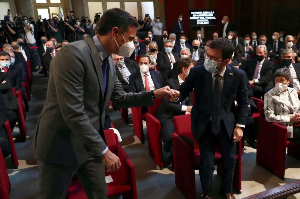 Pedro Sánchez cede ante las presiones de Aragon'es y acepta la Comisión Bilateral en agosto. Foto: EFE