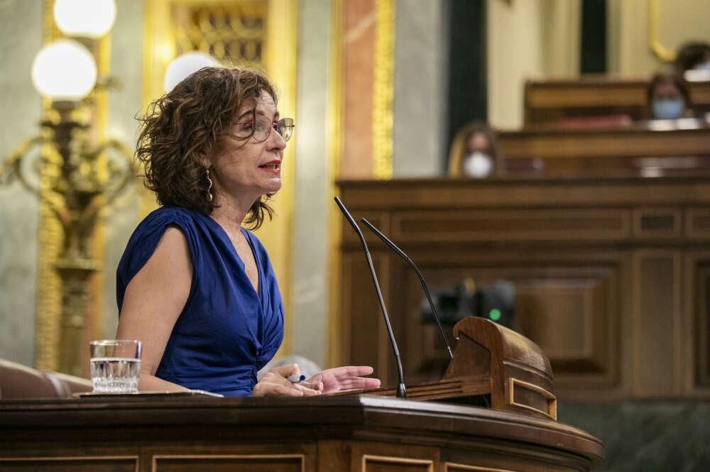 El Gobierno saca adelante en el Congreso el decreto que permitirá a los interinos con más de 10 años de antigüedad acceder a una plaza fija sin oposición.