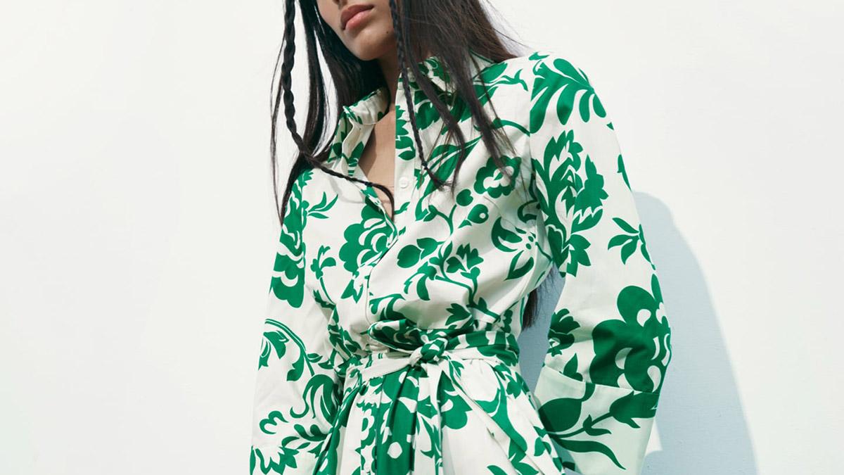 Vestido popelín estampado de Zara