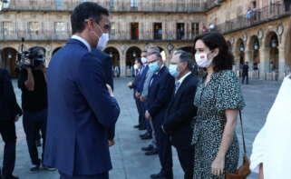 Pedro Sánchez aprovecha la conferencia de presidentes para anunciar la llegada de 3,4 millones extra de vacunas de Pfizer. // Pool Moncloa