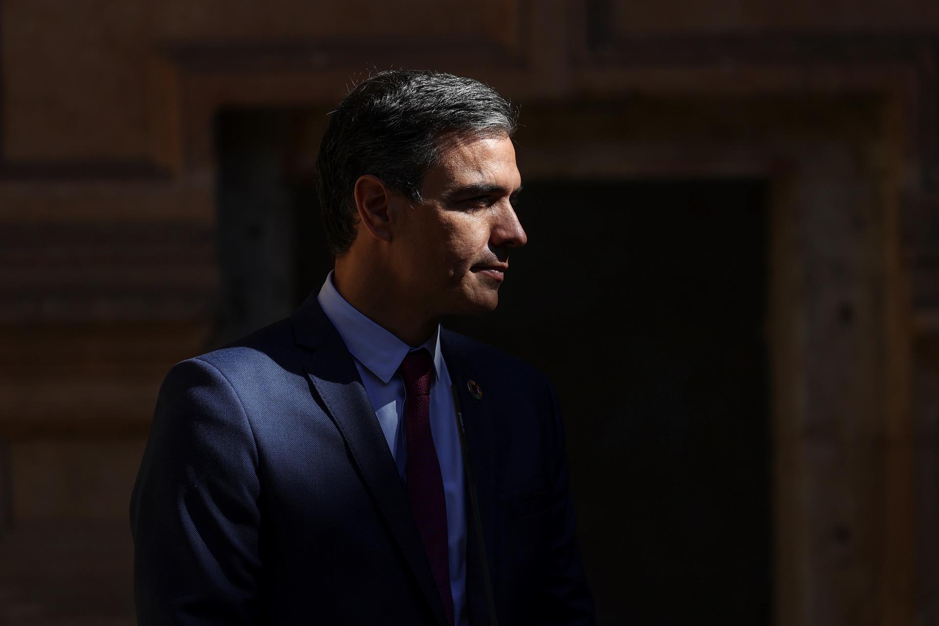 Pedró Sánchez no confirmó que el actual reparto de los fondos europeos a las CCAA se mantenga en 2021. // EFE