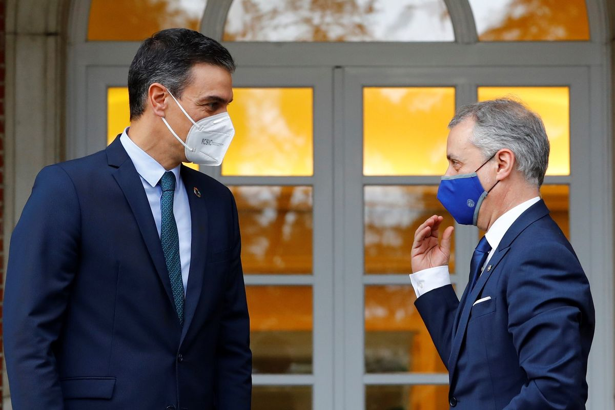 Pedro Sánchez e Iñigo Urkullu en Moncloa. // EFE