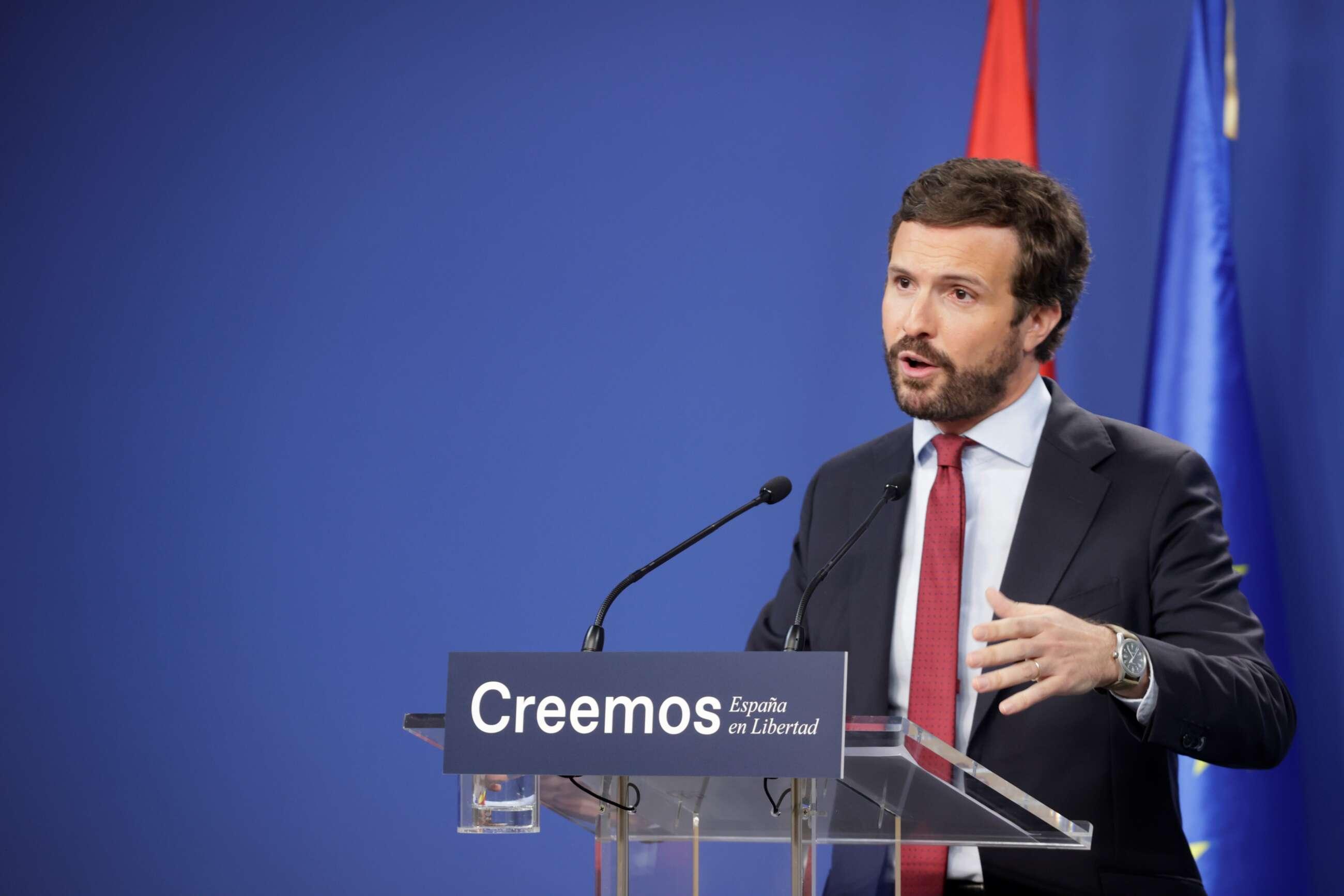 El presidente del Partido Popular, Pablo Casado, hace balance del curso político en la sede de la formación, en Madrid. EFE/ Zipi