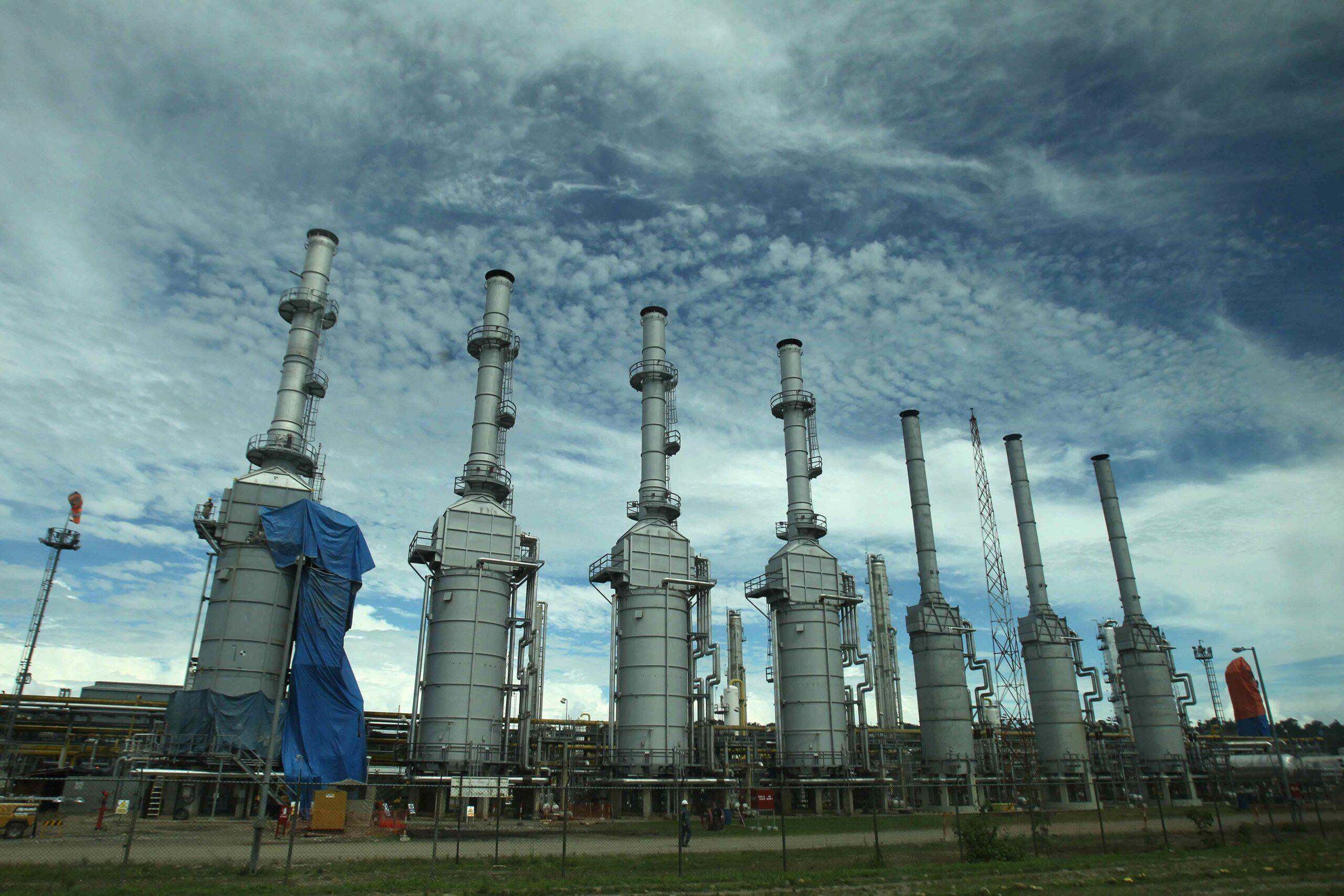 La subida global del precio del gas amenaza a la recuperación económica. En la imagen, la planta de procesamiento de gas del yacimiento Camisea, en Cusco (Perú). EFE/ Paolo Aguilar/Archivo