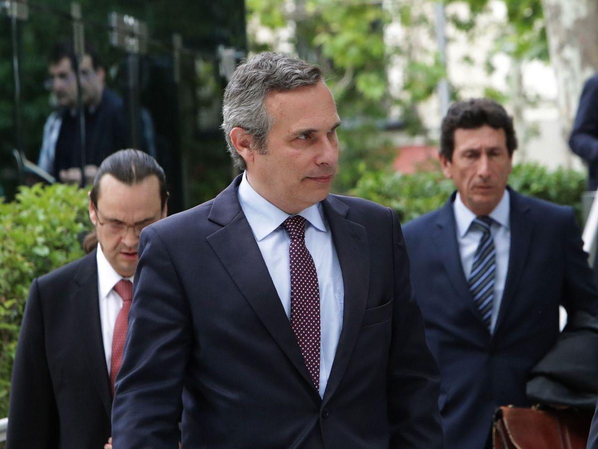 Josep Lluís Alay acudiendo a declarar a la Audiencia Nacional, acusado de un posible delito de encubrimiento el 21 de octubre de 2020. // EFE