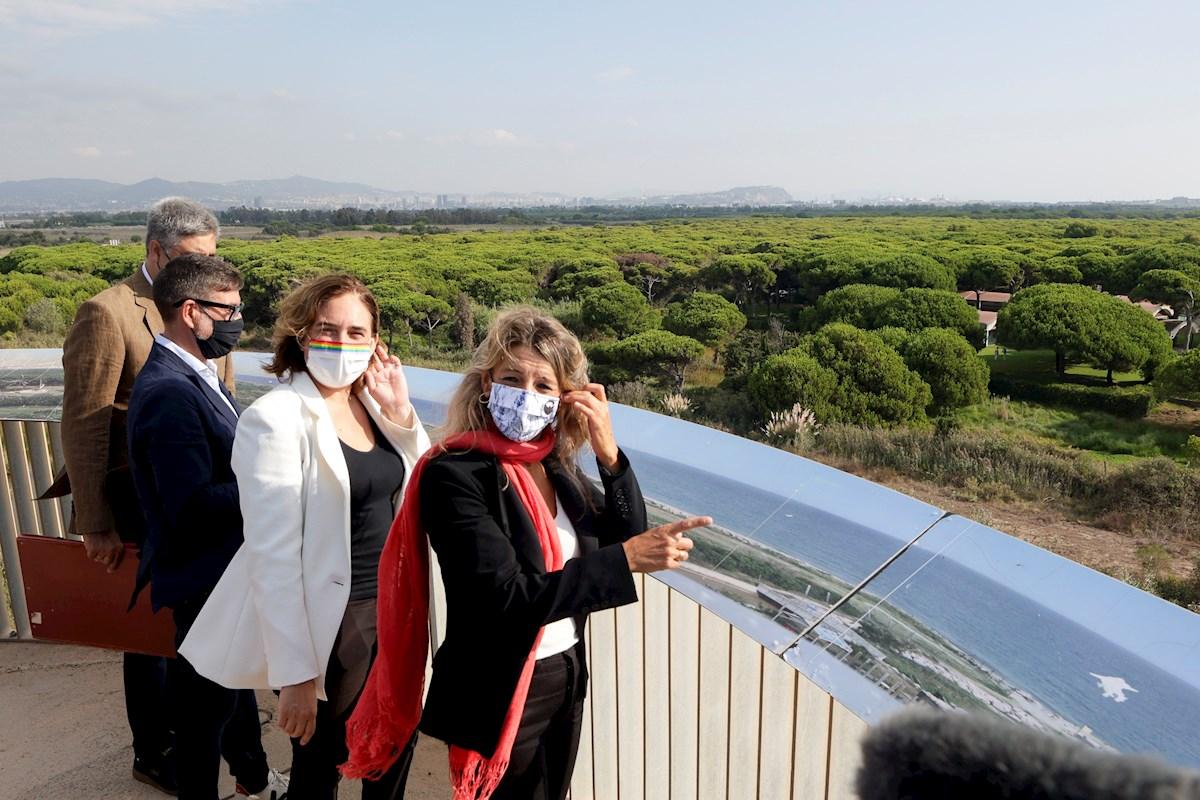 Yolanda Díaz celebra el fracaso de la ampliación de El Prat desde La Ricarda.EFE/ Quique García